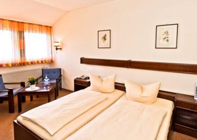 Doppelzimmer-Standard-Hotel-Merian