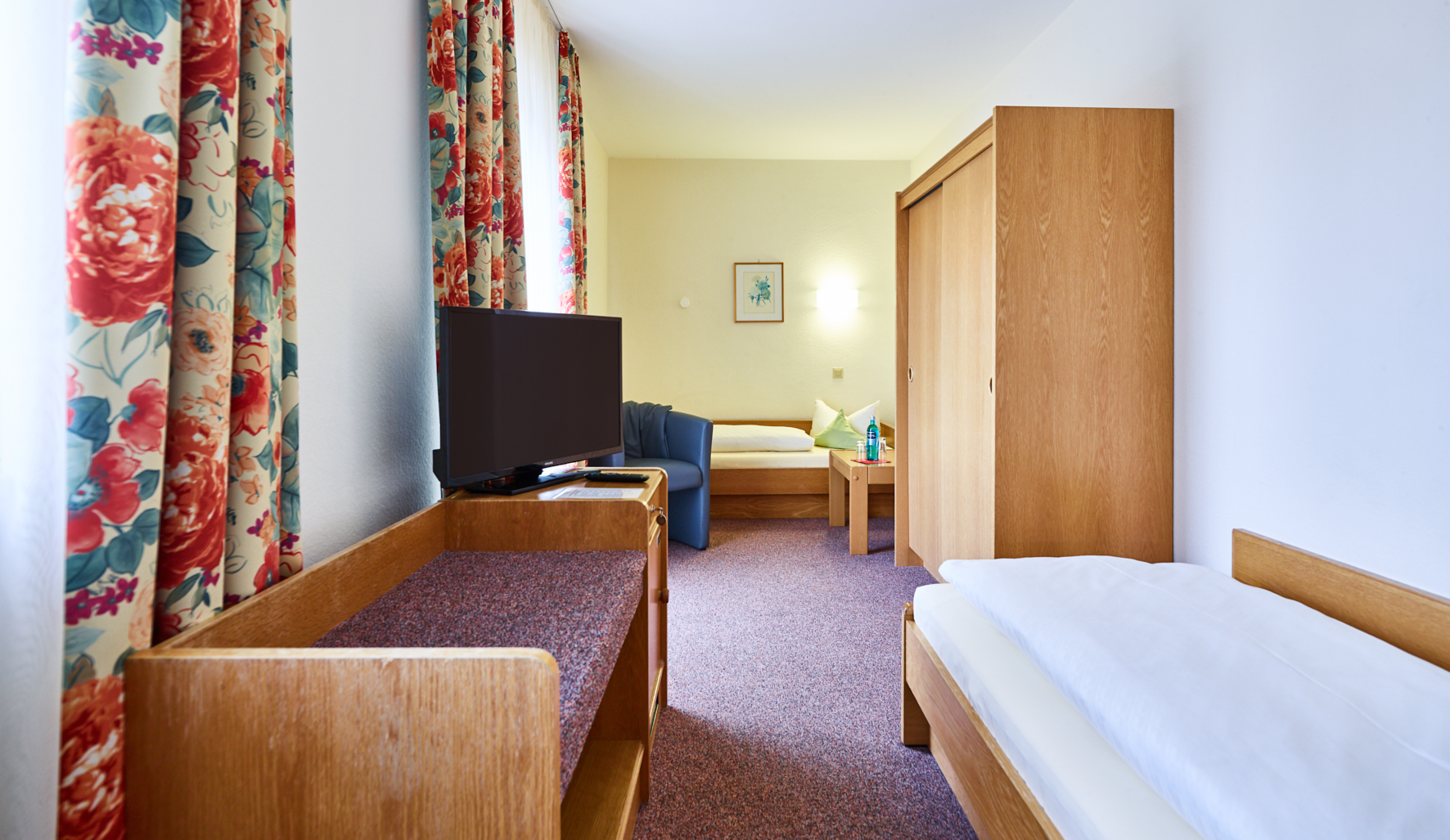 Zimmer Familienzimmer In Rothenburg Ob Der Tauber Hotel Merian In