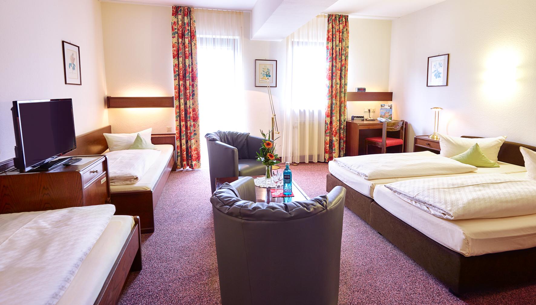 Zimmer 115 Klein Jpg Hotel Merian Rothenburg
